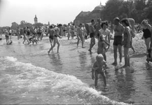 LATO 1957 SOPOT. PLAZA. KOLEKCJA TADEUSZA ROLKE  TR 087